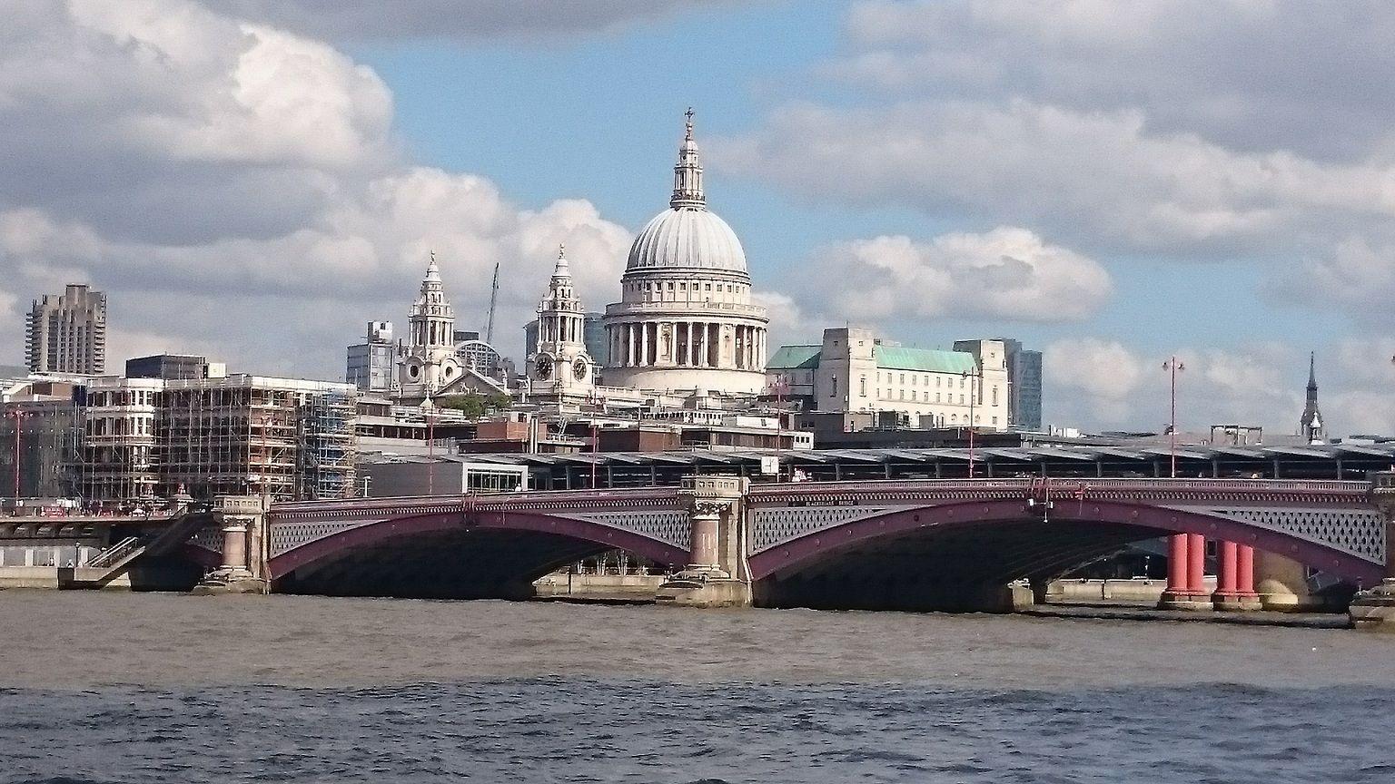 Podróżuj za grosze – Londyn