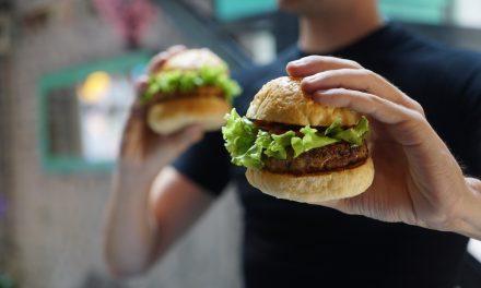 Jedzenie – substytutem bezpieczeństwa. Video